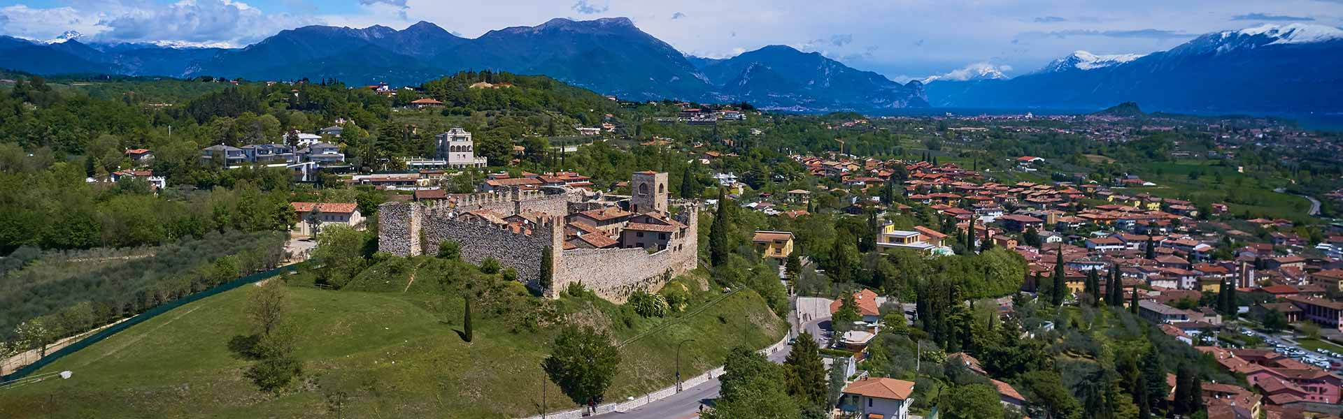 Enjoy a breathtaking view from the Padenghe castle